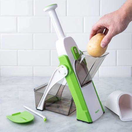 98394_Starfrit_Pump_'N'_Slice_Adjustable_Food_Cutter__White_Green
