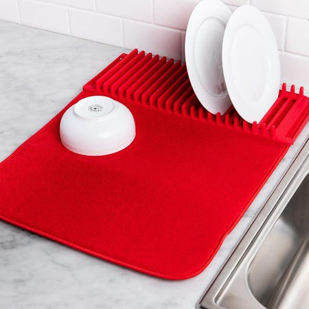 98737_Umbra_Udry_Microfibre_Drying_Mat_with_Rack__Red