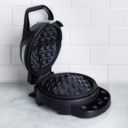 98956_Chefman_Perfect_Pour_Volcano_Digital_Belgian_Waffle_Maker__Black
