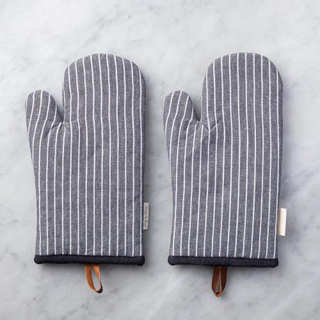 99096_Harman_Gourmet_'Chambray_Stripe'_Cotton_Oven_Mitt___Set_of_2__Black