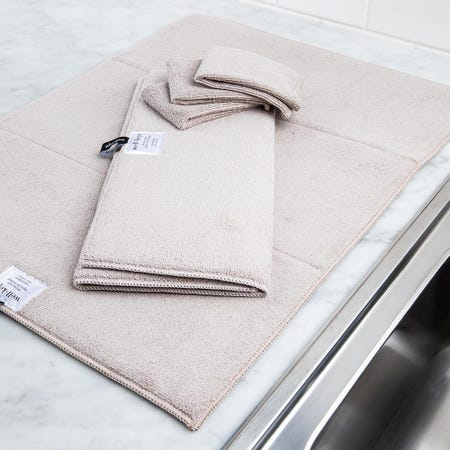 99147_Harman_Well_Kept_Microfibre_Dish_Drying_Mats_and_Cleaning_Cloths_Taupe