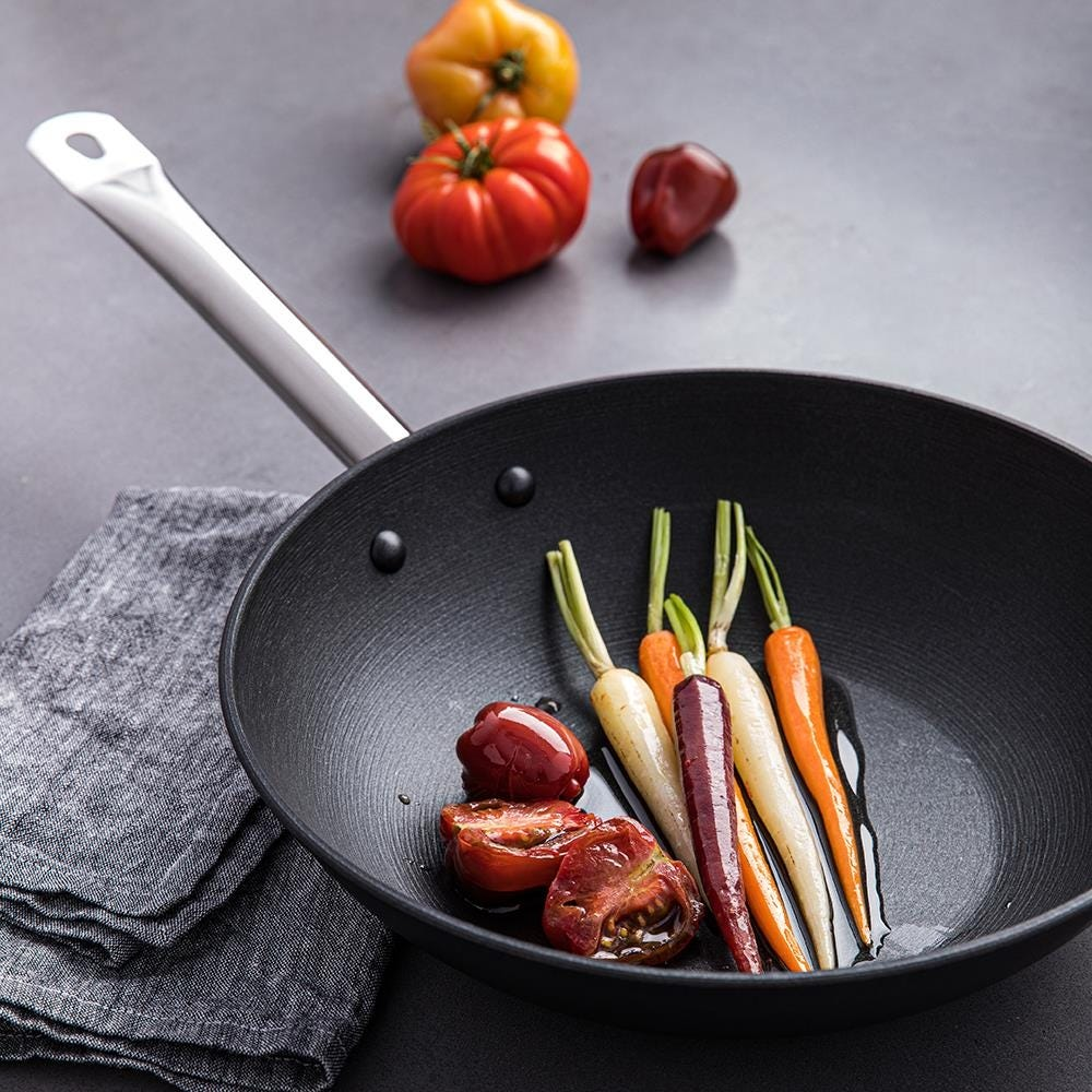 99149_KSP_Ultralite_Cast_Iron_Non_Stick_Wok