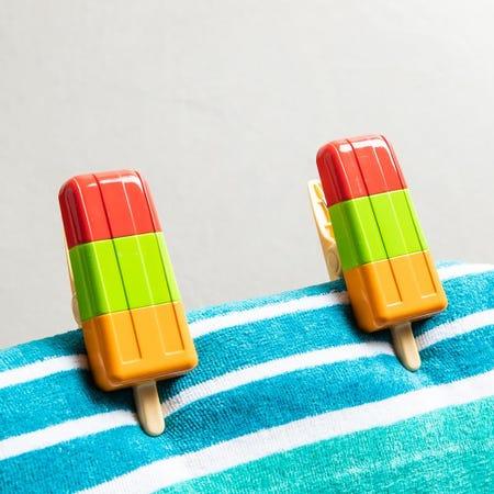 99159_O2cool_Boca_'Popsicle'_Decorative_Towel_Clip___Set_of_2