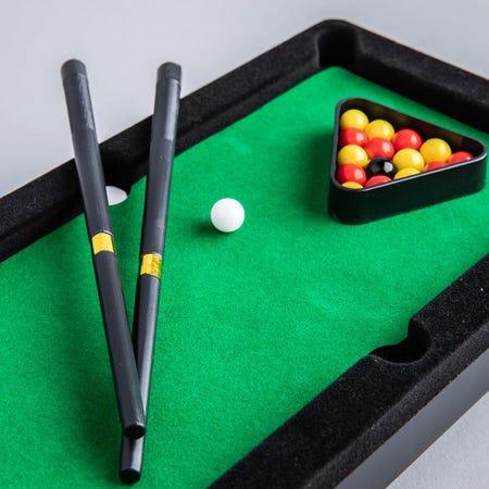 99819_Fun_Trendz_Mini_Pool_Table_Game