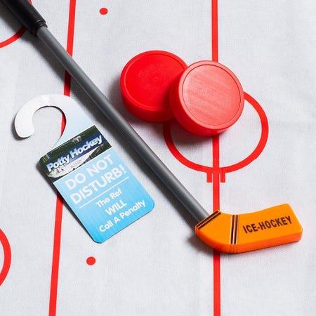 99821_Fun_Trendz_Bathroom_Hockey_Game